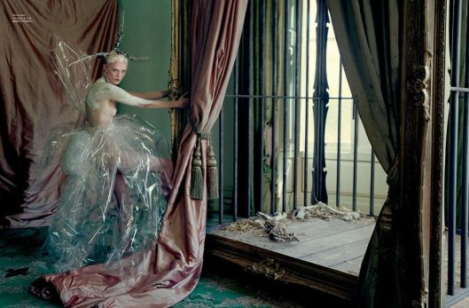 karen-elson-edie-campbell-by-tim-walker-for-love-magaine-10-fall-winter-2013-2014-10