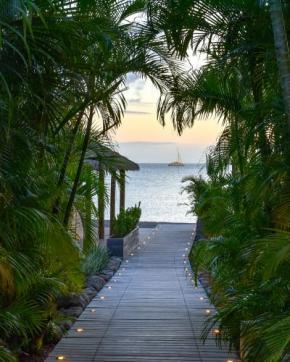 1 paradise-beach-COVER_800x1000